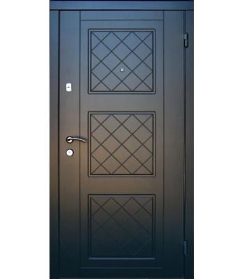 Двери входные Redfort Оптима плюс Верона белые внутри